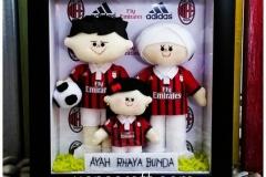 boneka keluarga fans ac milan