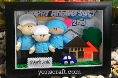 hadiah anniversary pernikahan boneka keluarga