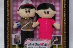 boneka pasangan polisi bhayangkari