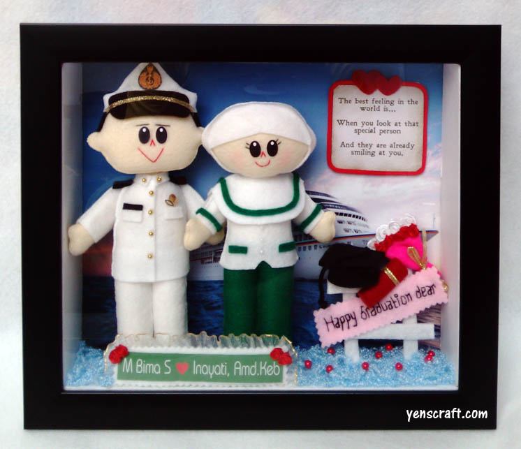 boneka couple pelaut bidan untuk souvenir wisuda akbid