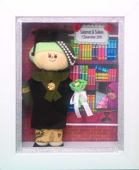 souvenir boneka wisuda lucu