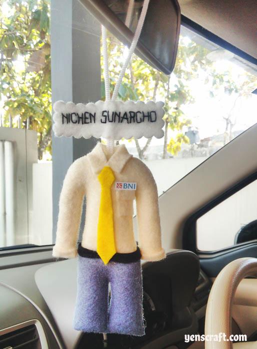 gantungan spion mobil baju profesi
