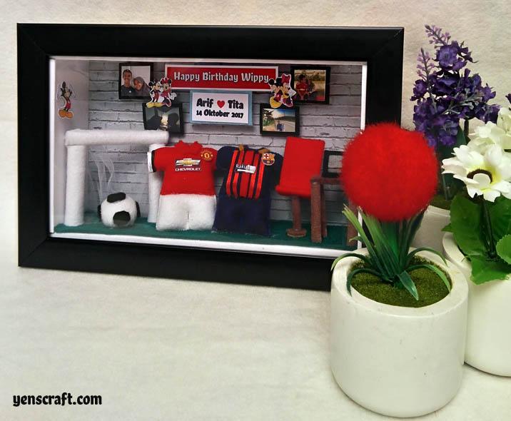 kado ulang tahun konsep barcelona manchester united